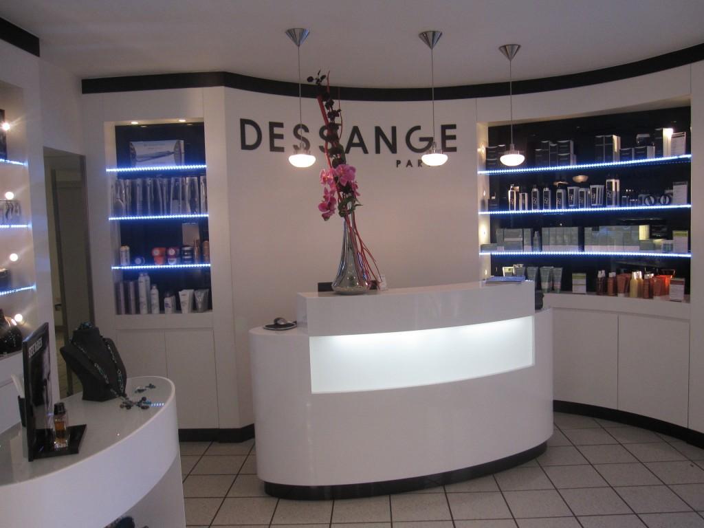 Salon de coiffure ajaccio dessange for Dessange salon de coiffure