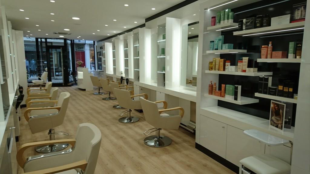 Salon de coiffure beaune dessange for Dessange salon de coiffure