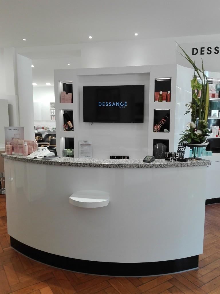 De Salon Bresse En Coiffure Bourg Dessange mwNnyv80O