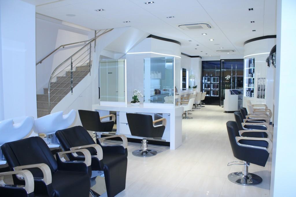 Le salon de coiffure à Cannes - Dessange