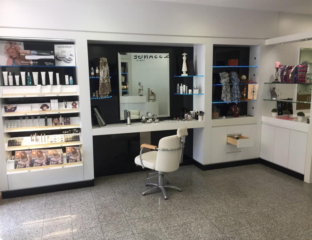 Salon de coiffure draguignan dessange for Dessange salon de coiffure