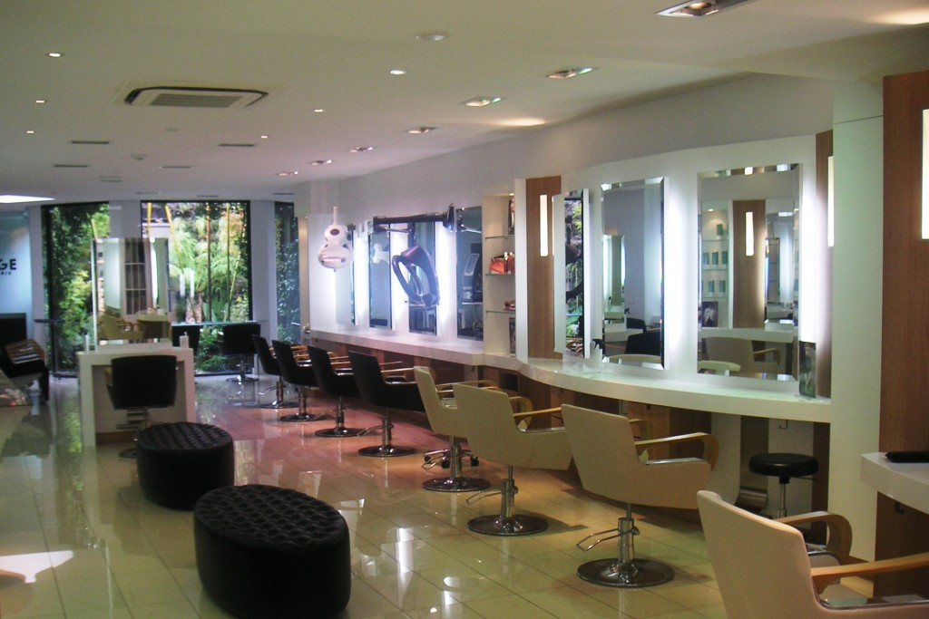 Salon de coiffure enghien les bains dessange - Les salons de coiffure ...
