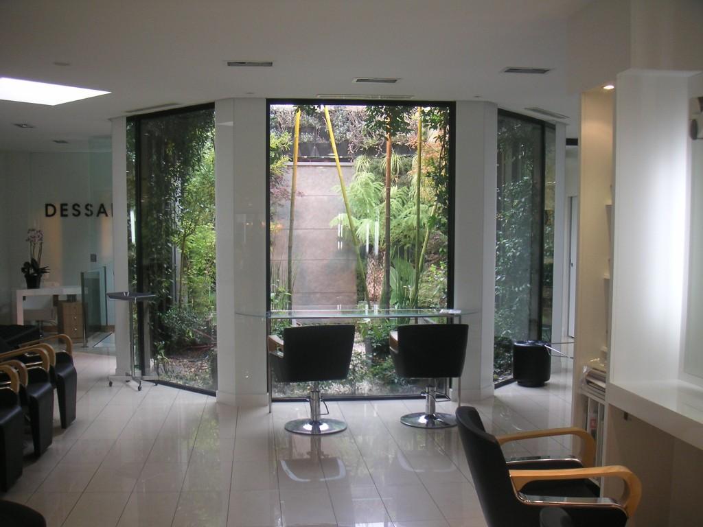 Salon de coiffure enghien les bains dessange for Salon de coiffure niwel tarifs