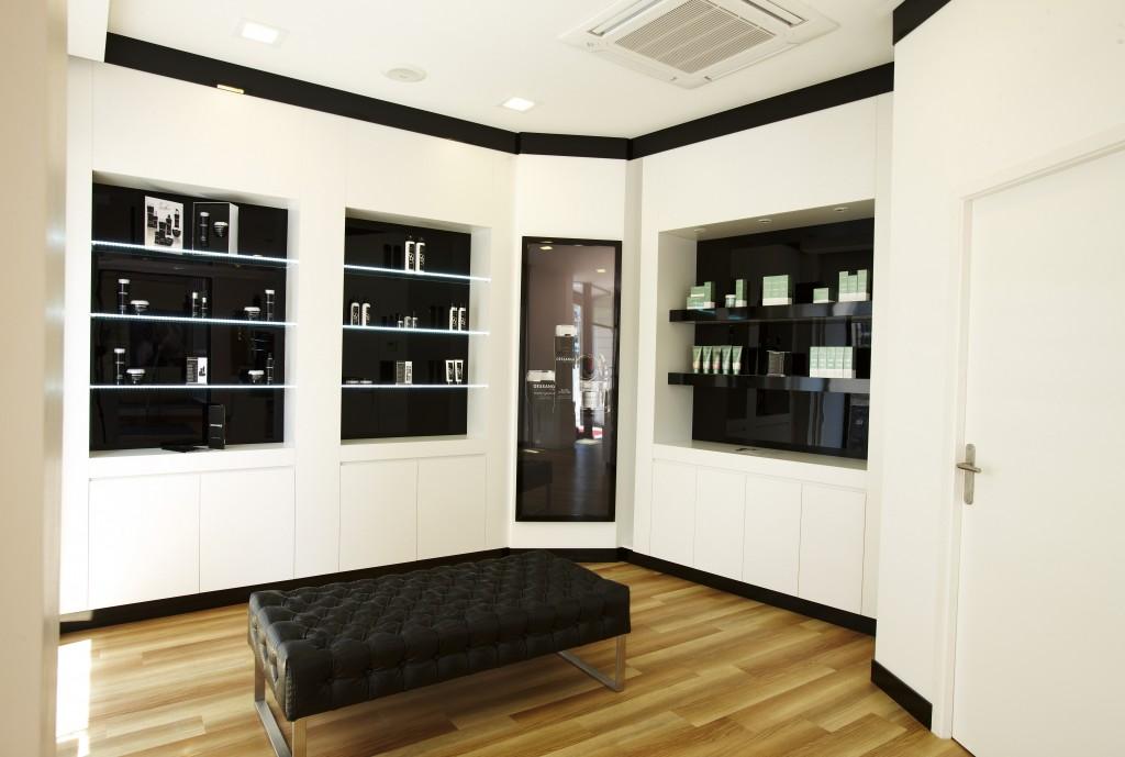 Salon de coiffure le mans dessange for Salon de coiffure niwel tarifs