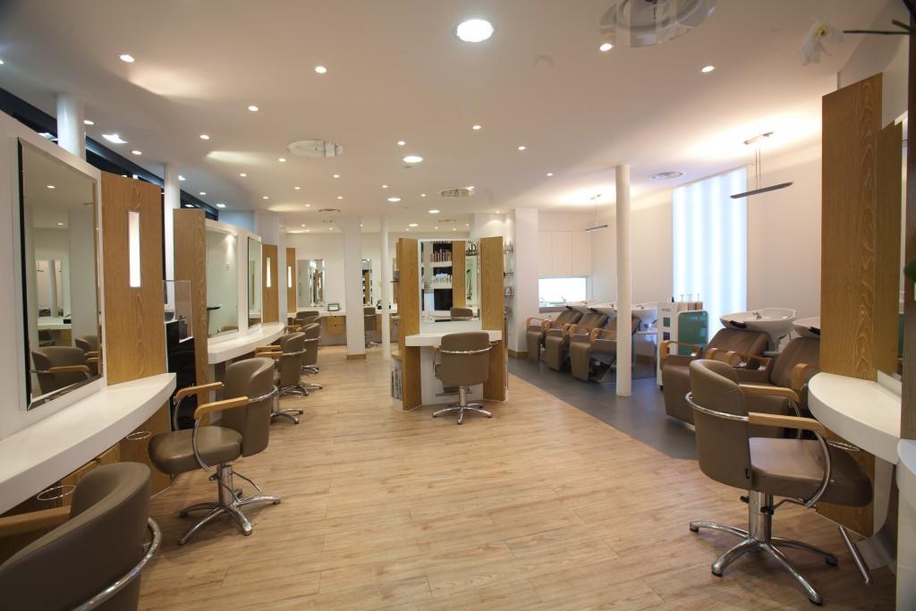 Les bacs à shampooing - Dessange Levallois Perret