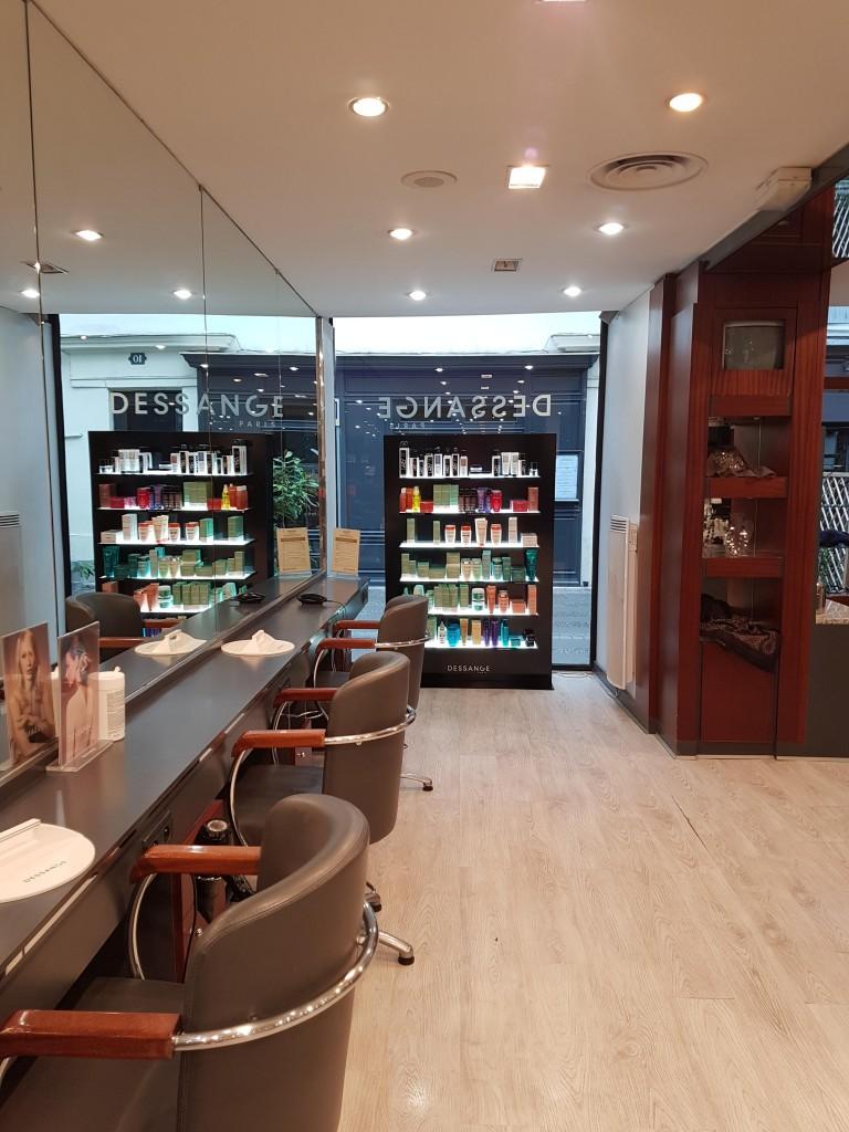 Salon de coiffure mantes la jolie dessange for Dessange hair salon
