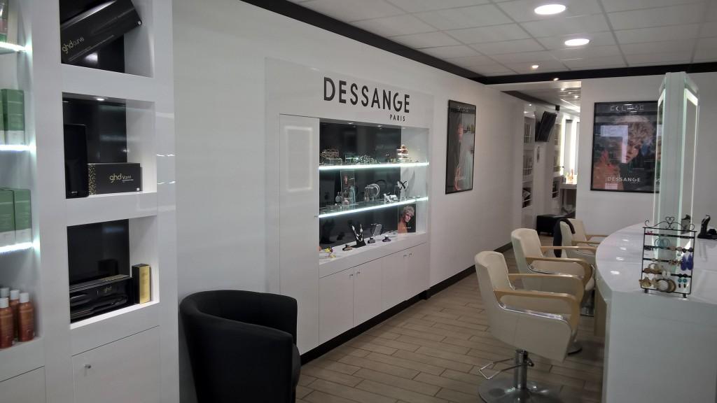 Coiffure au salon Dessange Mont de Marsan