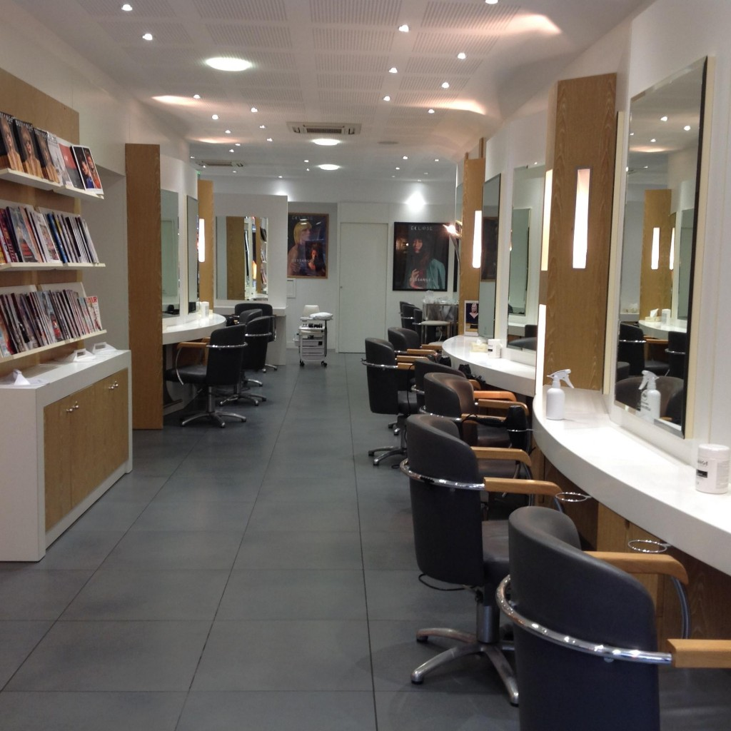 Salon de coiffure nancy dessange for Salon de coiffure niwel tarifs