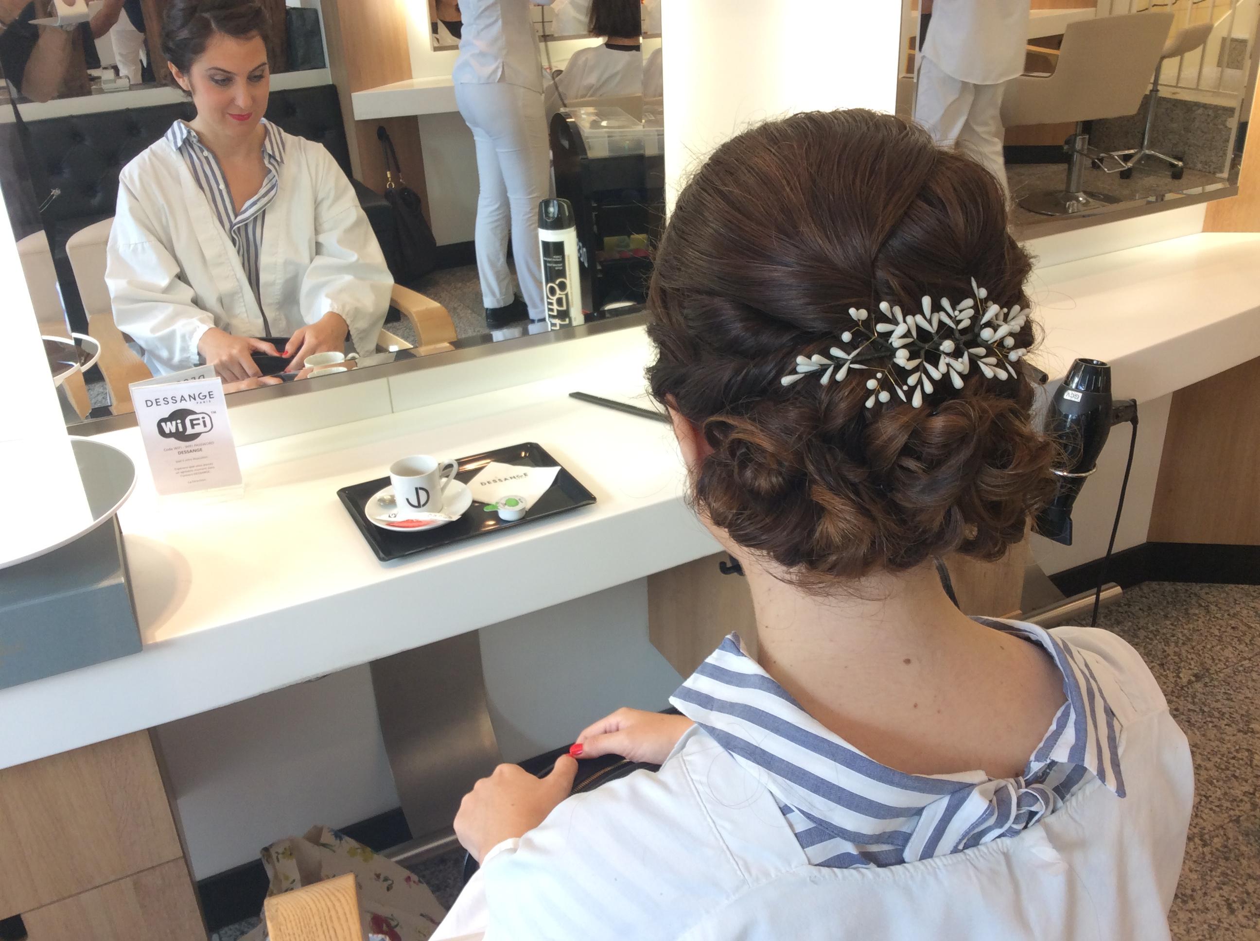 Salon de coiffure dessange saint germain coiffeurs for Devanture salon de coiffure