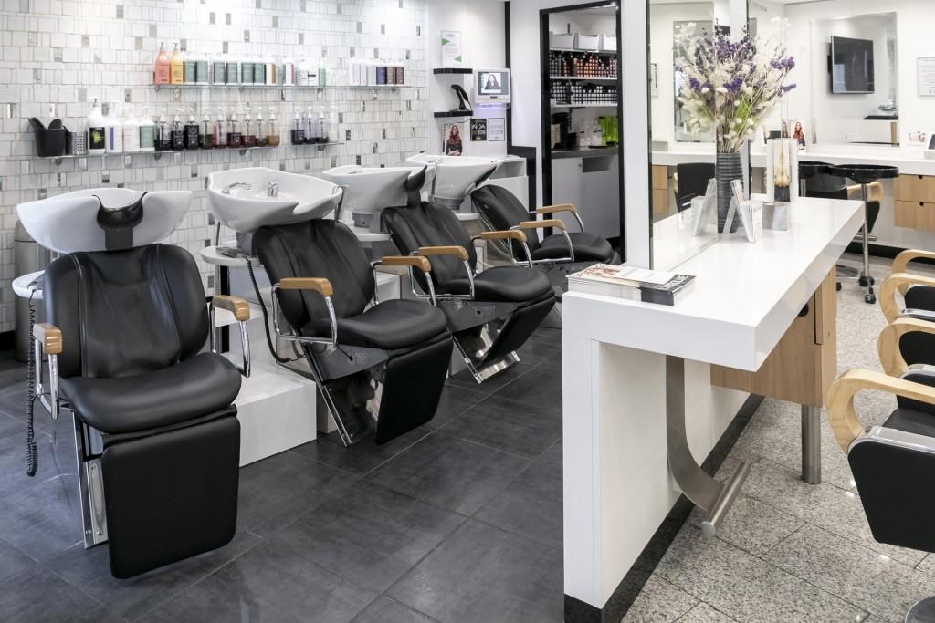 Salon de coiffure paris 6 saint germain des pr s dessange - Salon de coiffure saint georges ...