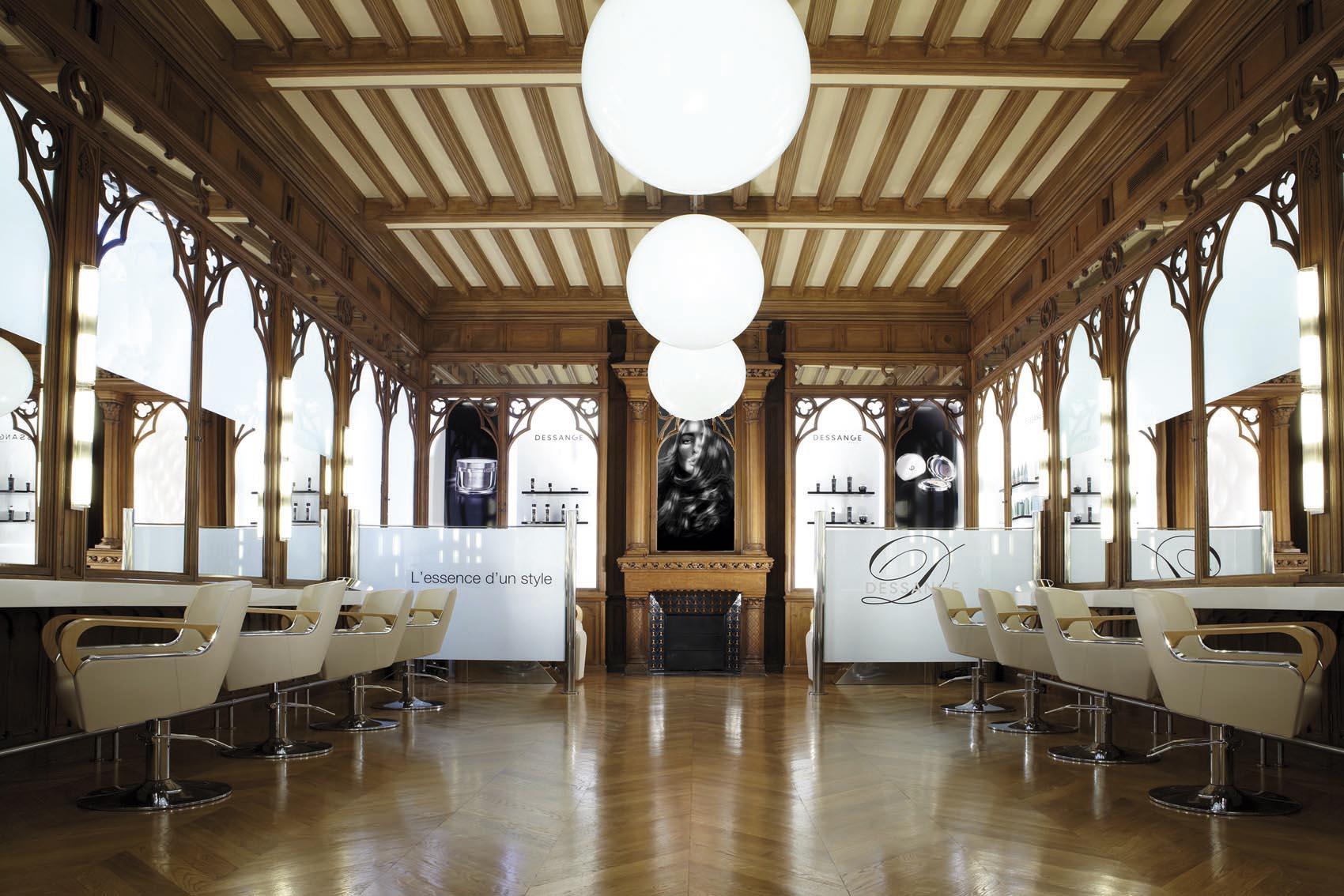 Salon de coiffure Espace coiffure - DESSANGE PARIS ELYSEES