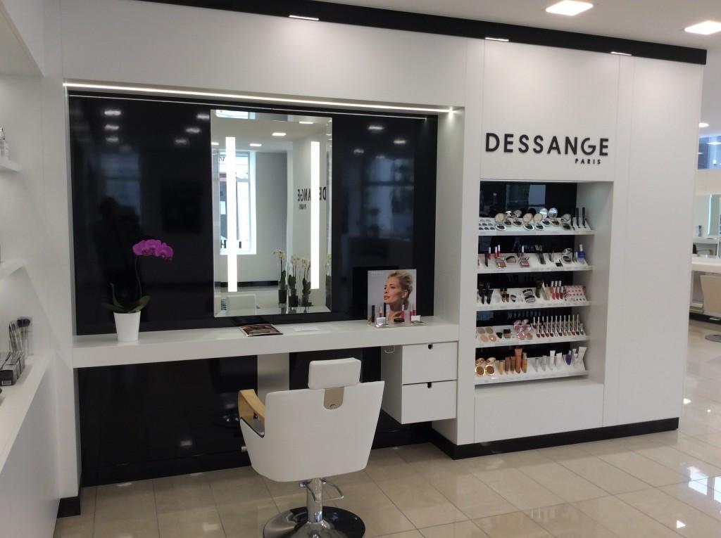 Salon de coiffure pau dessange for Dessange salon de coiffure