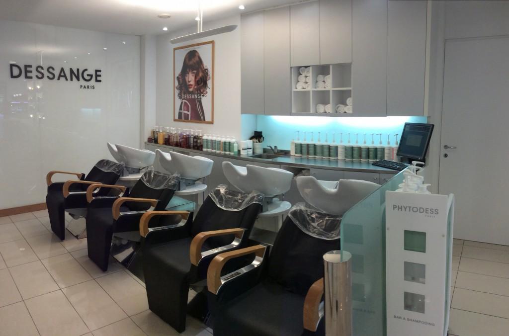 Les bacs à shampooing - Dessange Poissy