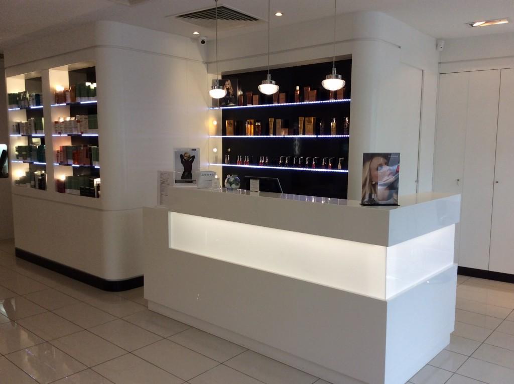 Salon de beauté - Dessange Poissy