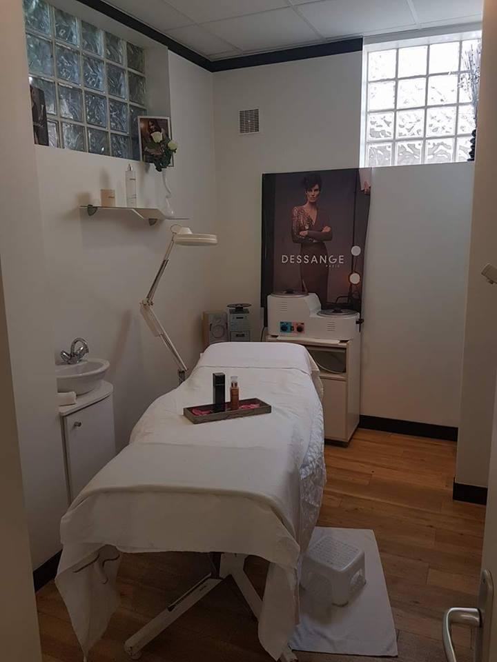Salon de coiffure saint malo dessange for Dessange salon de coiffure