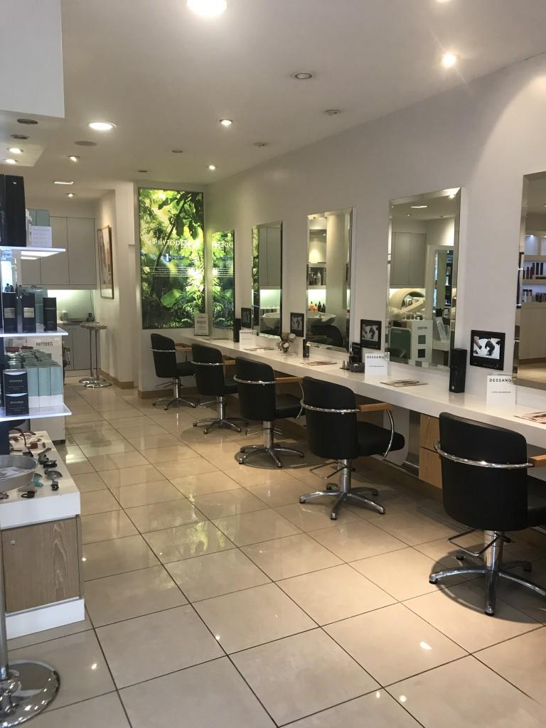 Salon de coiffure salon de provence dessange - Tarif de coiffure en salon ...