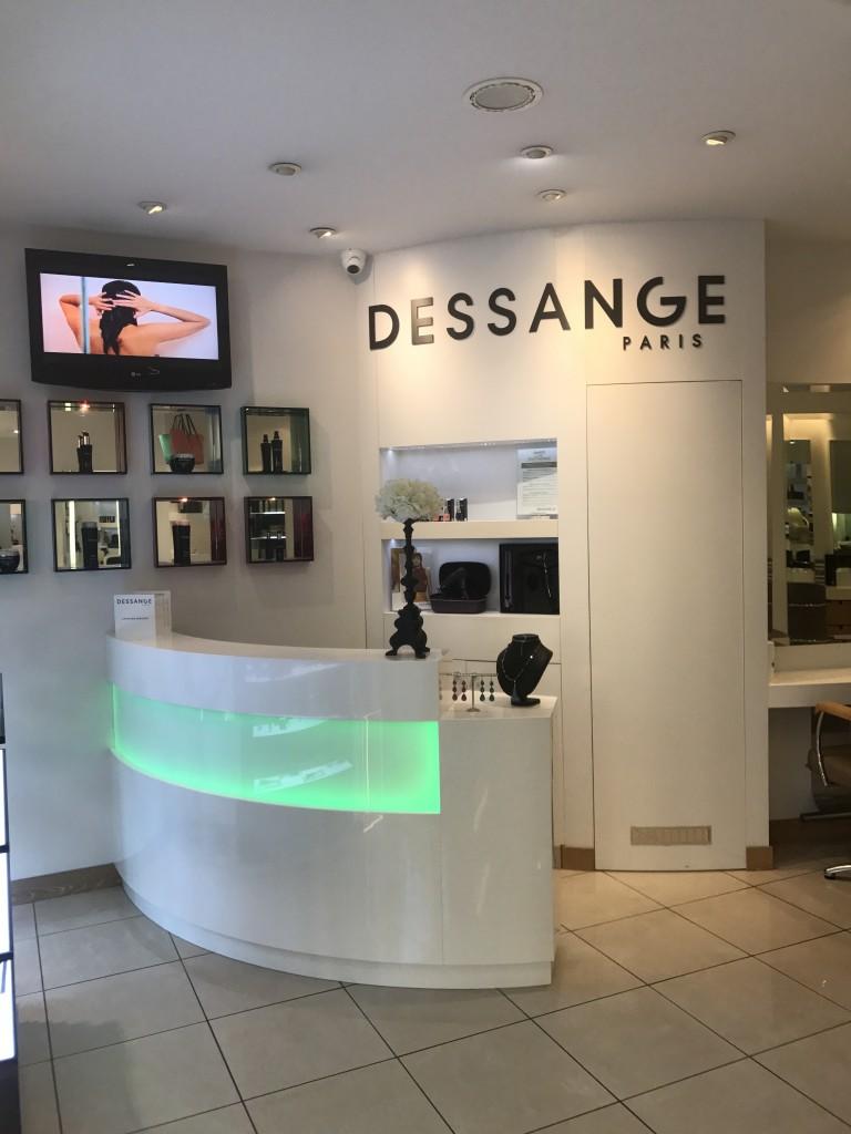 Salon de coiffure salon de provence dessange for Salon des ce