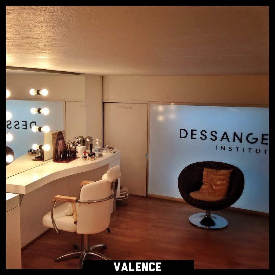 Salon de coiffure valence dessange for Salon de l habitat valence