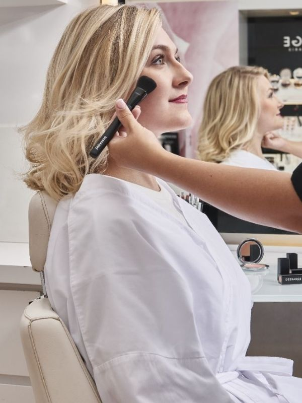 Maquillage Mariage salon de coiffure Dessange